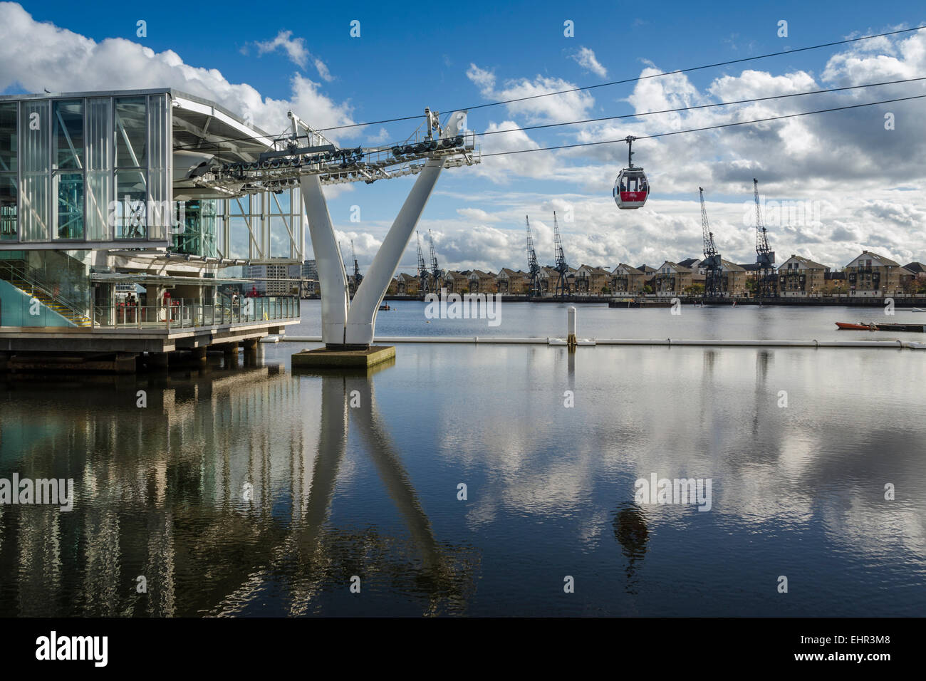 The Emirates Airline or Thames Cable Car connects the O2 Arena with the Royal Docks of London. Stock Photo