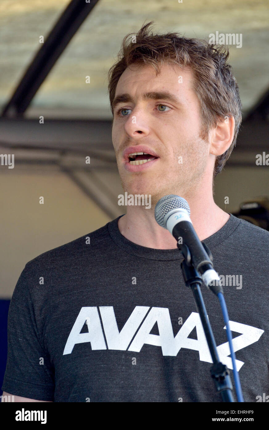 Bert Wander, Media Campaigner (London) for AVAAZ.org - online activist organisation -  speaking in London 2015 Stock Photo