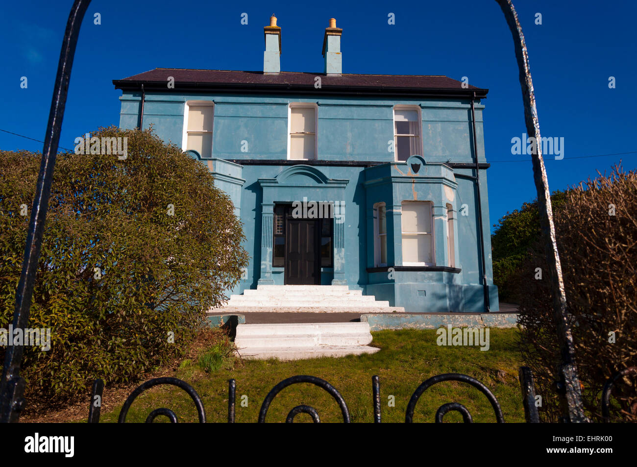 House in Burtonport, County Donegal, Ireland previously known as Atlantis HQ of The Atlantis Therapy Commune dubbed - Stock Image