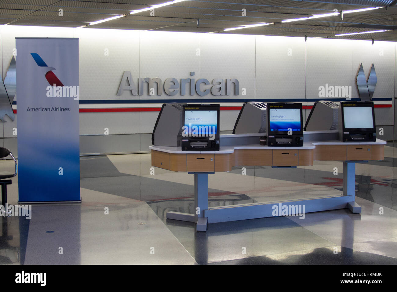 American Airlines Self Check In Desks At Chicago O Hare