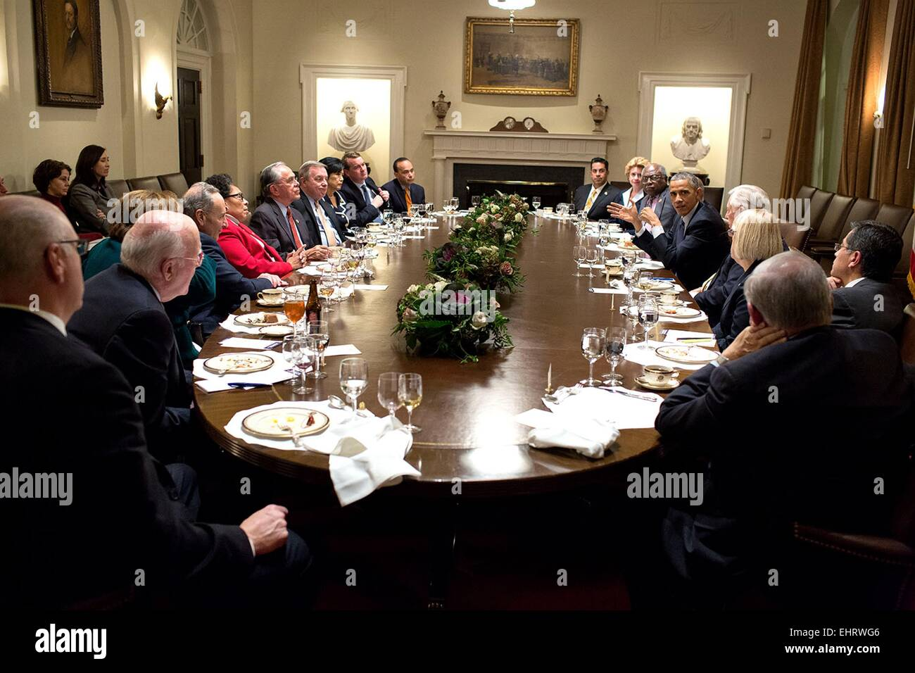 US President Barack Obama meets with Members of Congress during dinner in the Cabinet Room of the White House November - Stock Image