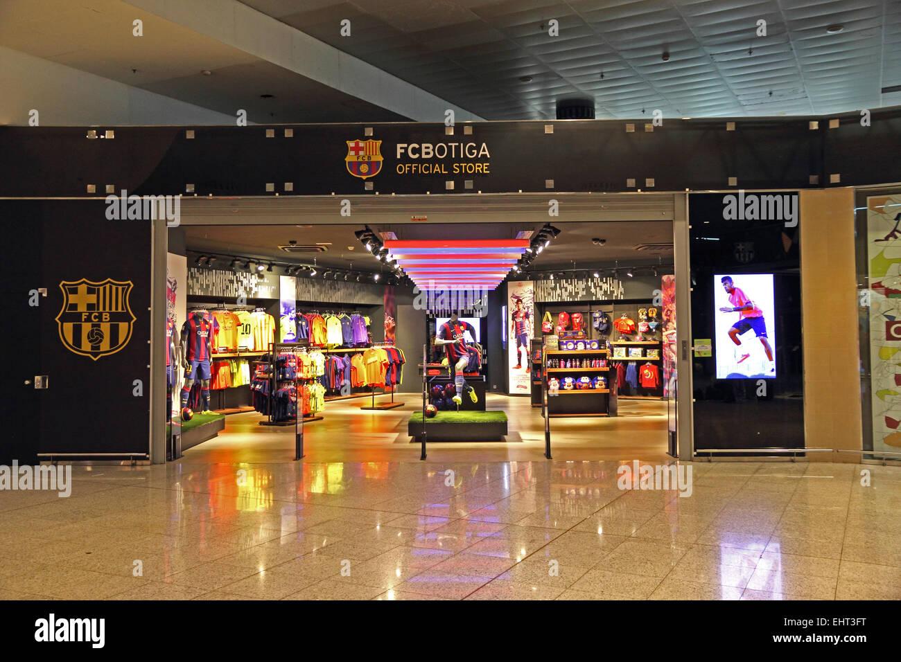 FCBotiga, official FC Barcelona souvenir shop, Barcelona El Prat airport - Stock Image