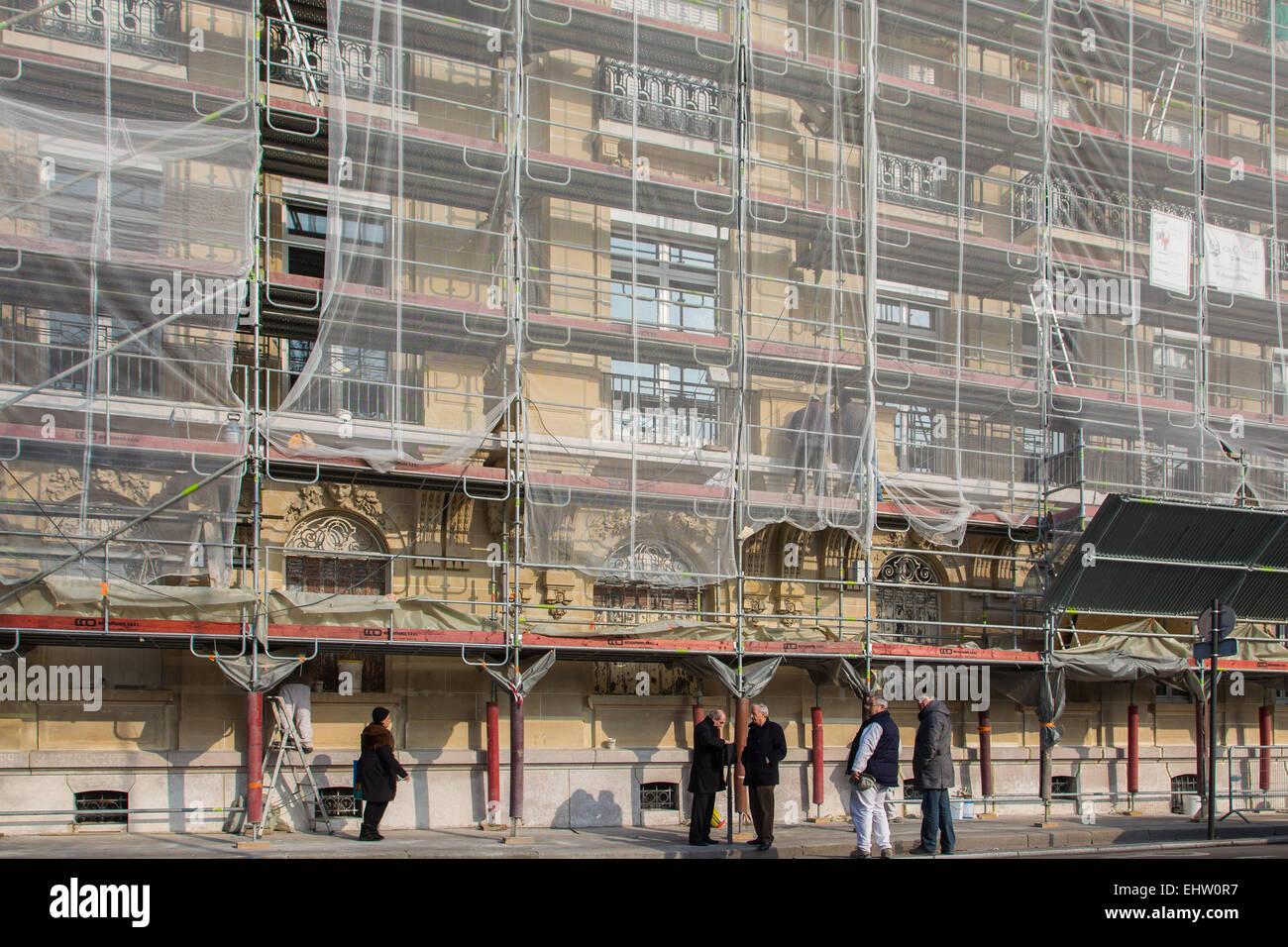 SCAFFOLDING, RESTORATION OF A BUILDING FACADE - Stock Image