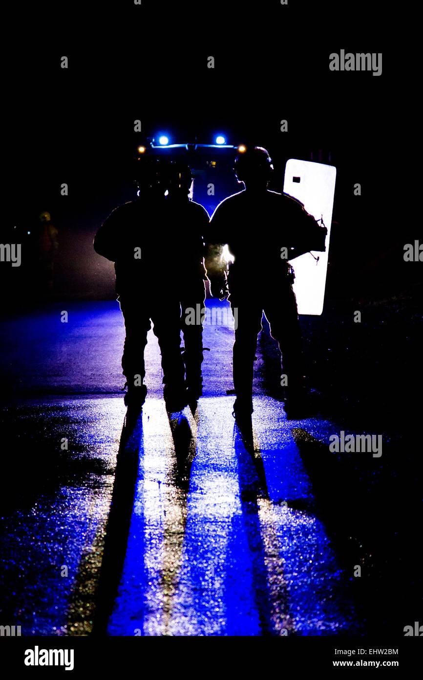 POLICE VIOLENCE URBAINE - Stock Image