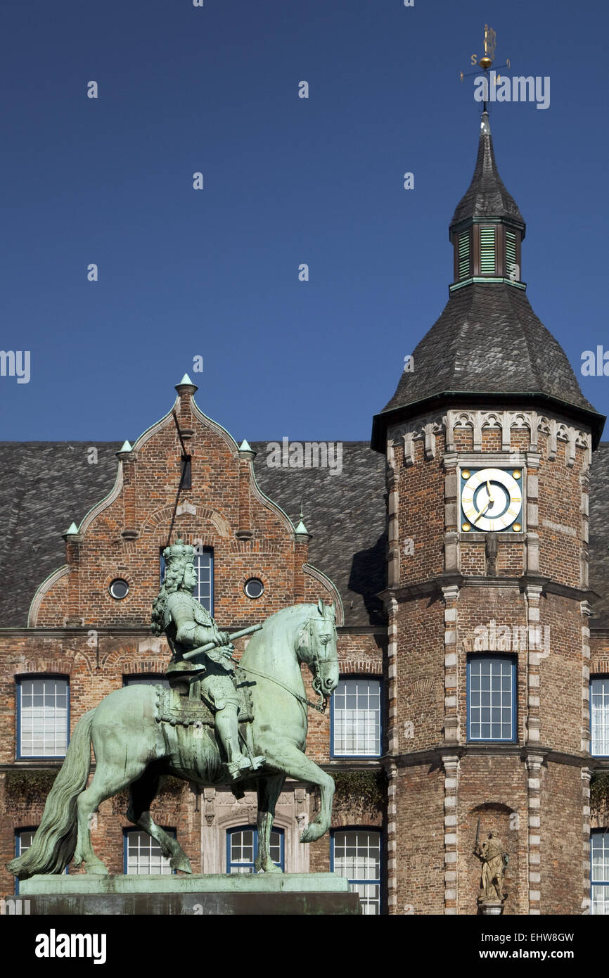 Jan Wellem equestrian statue in Duesseldorf. - Stock Image