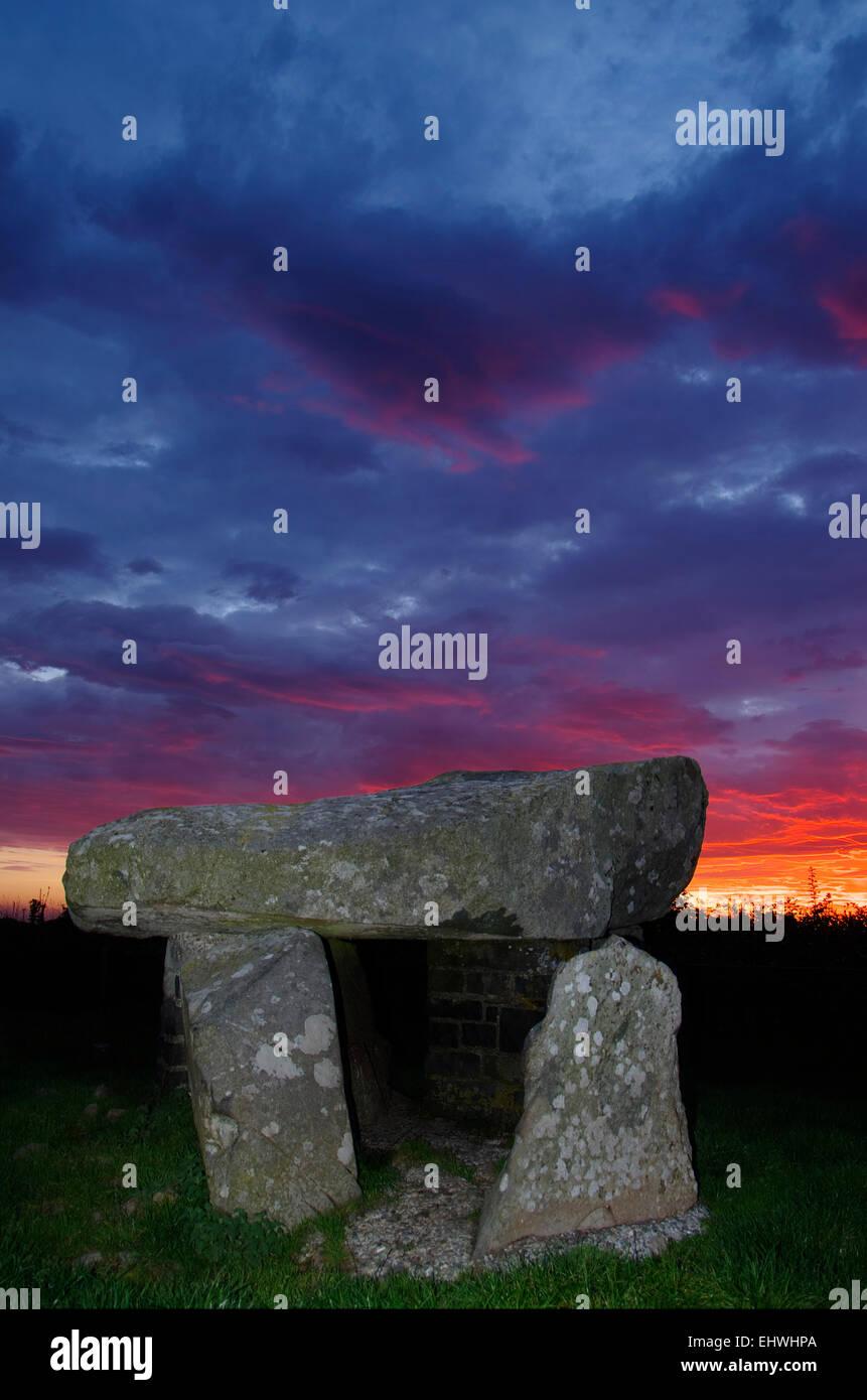 Ty Newydd Burial Chamber, Llanfaelog, Anglesey - Stock Image