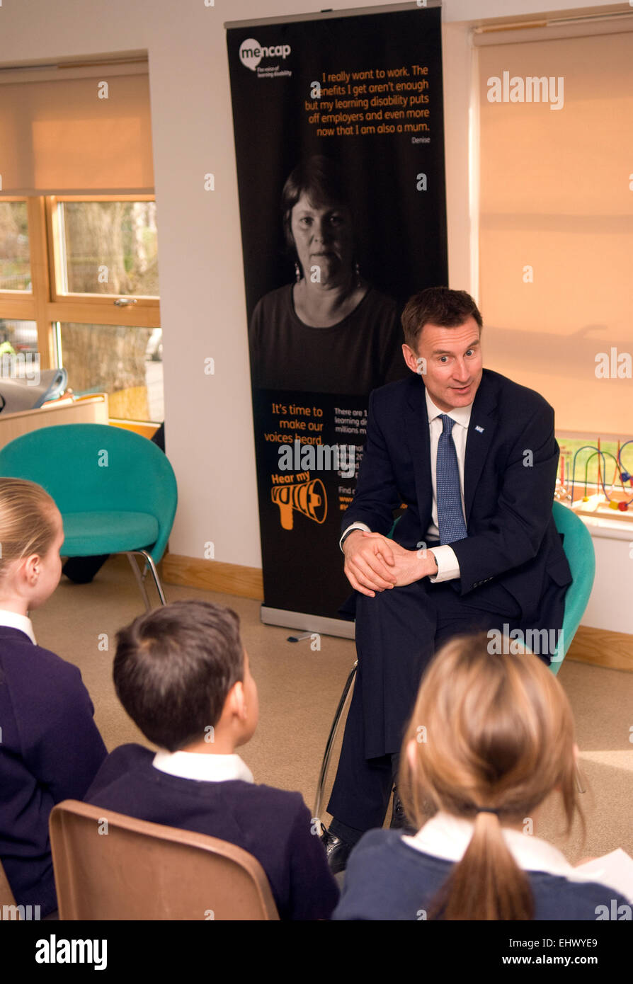 MP Jeremy Hunt attending a question and answer session with children and MENCAP to highlight the need to give those - Stock Image