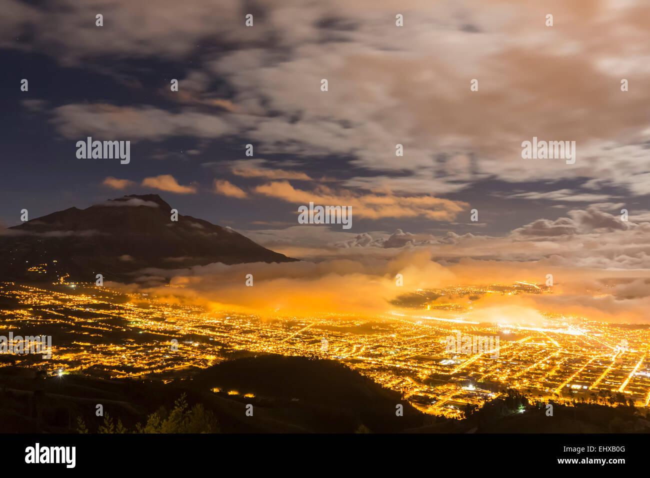 South America, Ecudador, Imbabura Province, Ibarra, Imbabura Volcano, Blue hour and fog - Stock Image