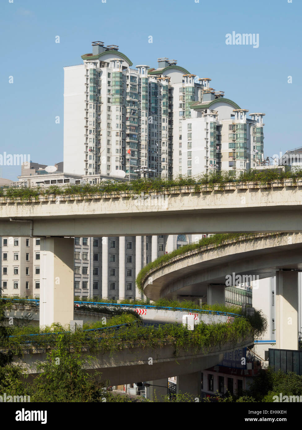 Roads, overpasses and skyscrapers in Shanghai, China - Stock Image