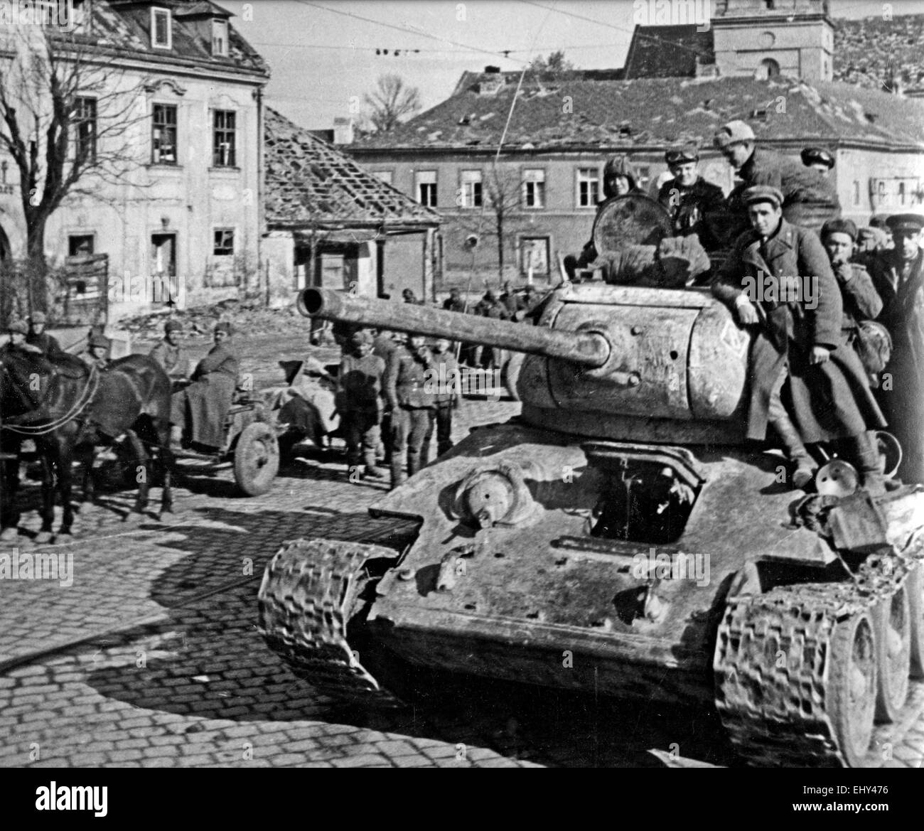 SOVIET T 34/5 TANK in Vienna in April 1945 - Stock Image