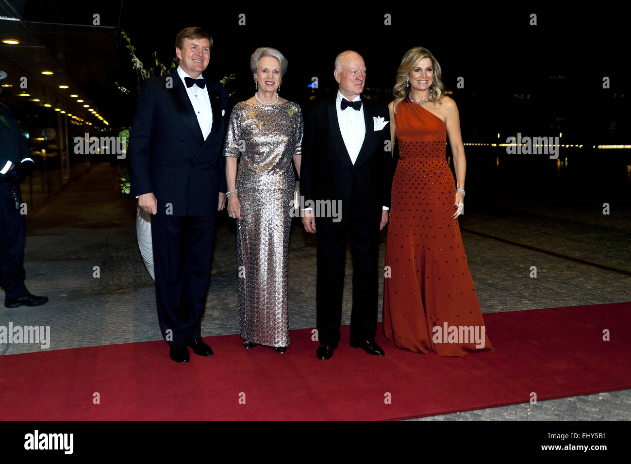 Copenhagen, Denmark. 18th March, 2015. Dutch King Willem-Alexander (left) and Queen Máxima (right) are posing - Stock Image