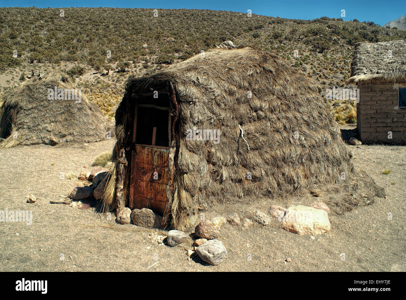 Traditional hut of indigenous people in Sajama national park - Stock Image