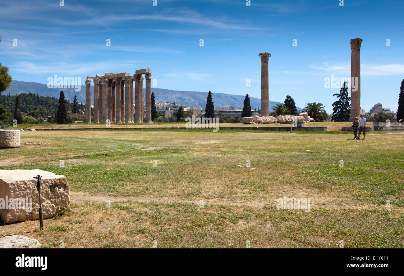 Temple of Olympian Zeus in Athens, greece. - Stock Image