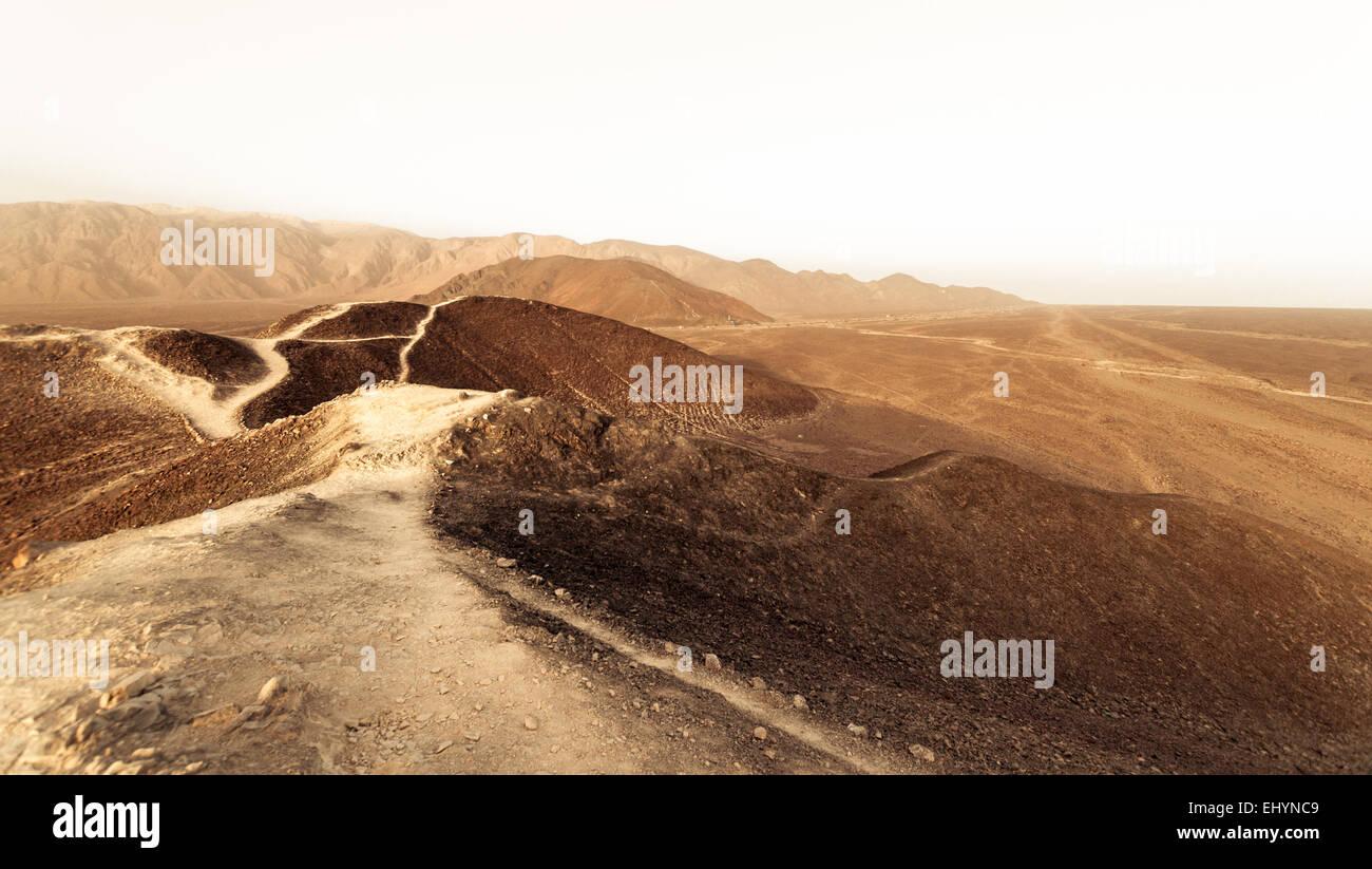 Desert road, Atacama, Peru - Stock Image