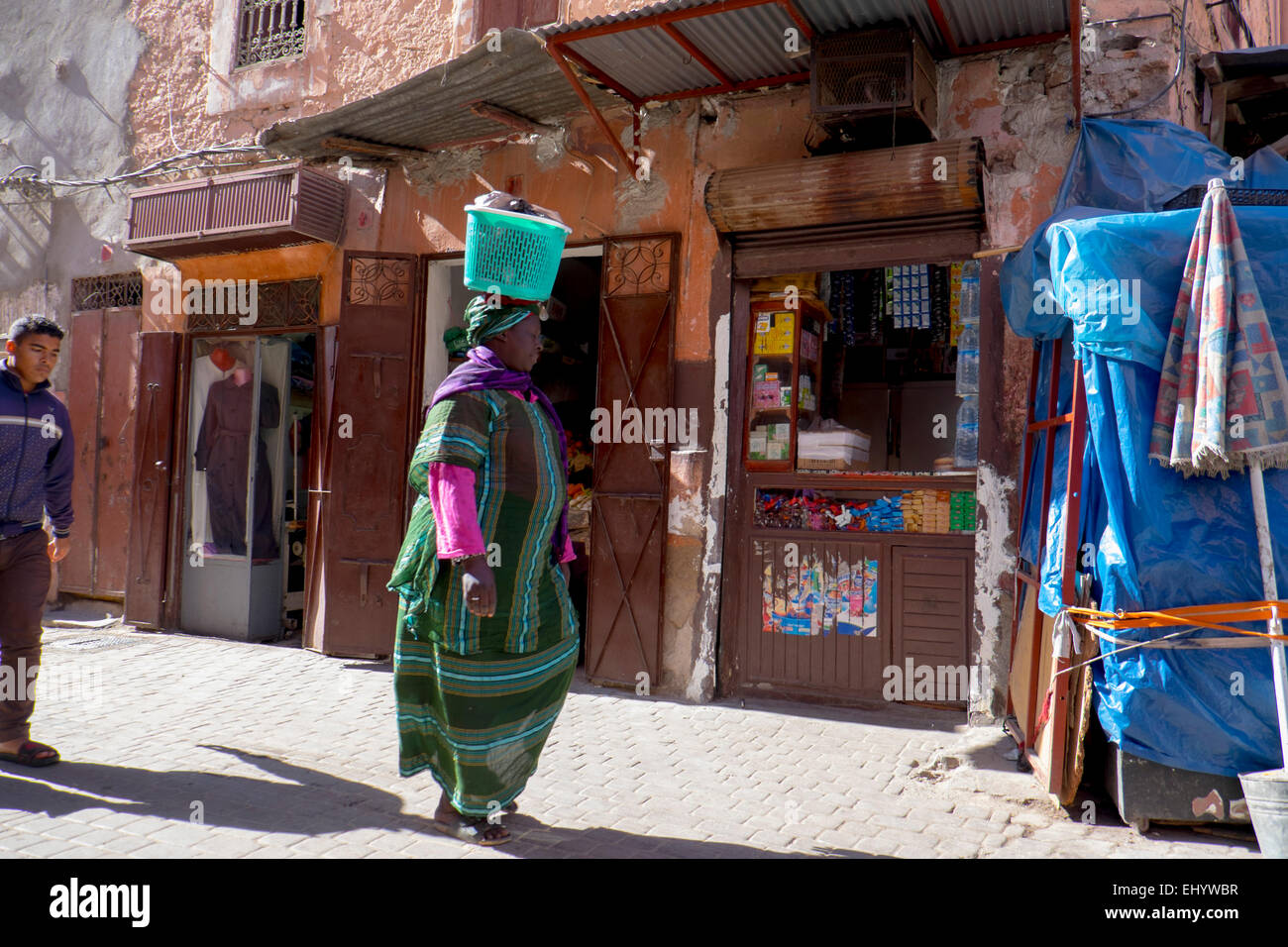 Cool African Traditional Basket - woman-in-traditional-african-dress-carrying-basket-on-her-head-medina-EHYWBR  2018_207986.jpg