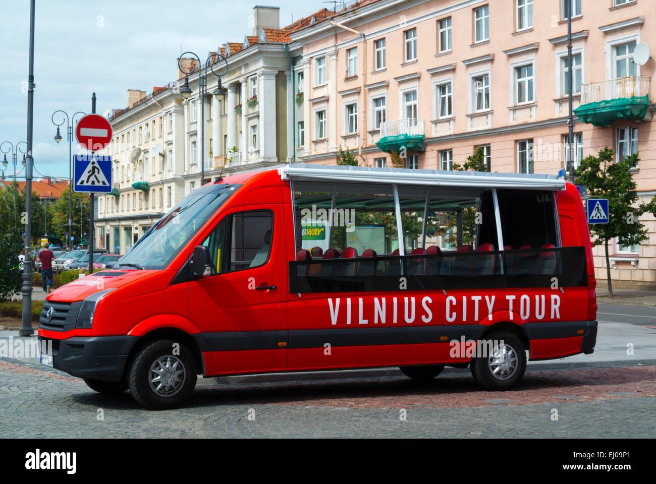 City tour minibus, old town, Vilnius, Lithuania, Europe - Stock Image