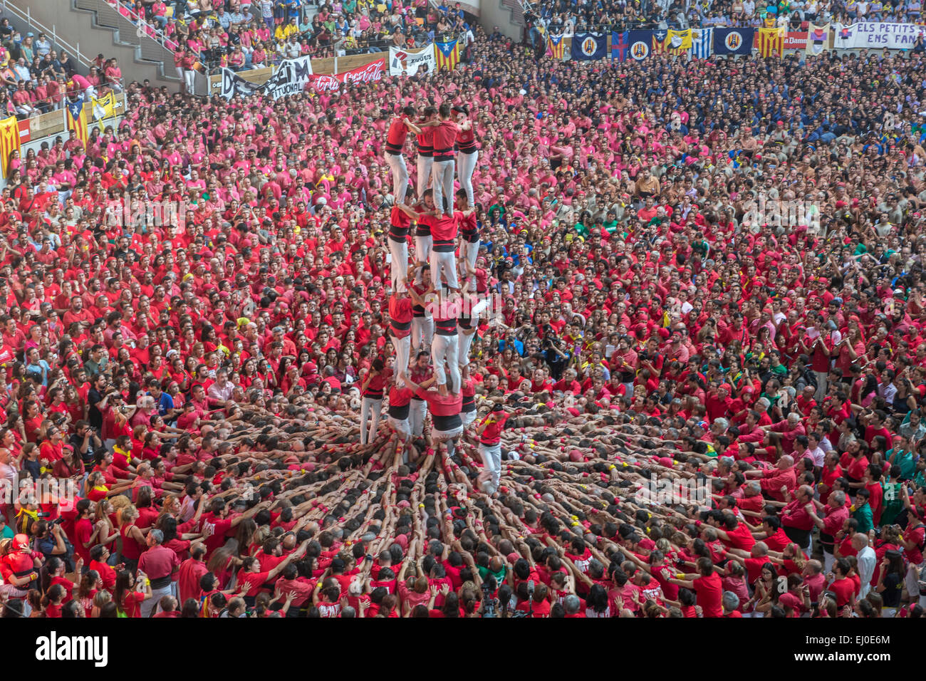 Castellers, Festival, Spain, Europe, Tarragona, Catalonia, celebration, colourful, competition, tower, pyramid, - Stock Image