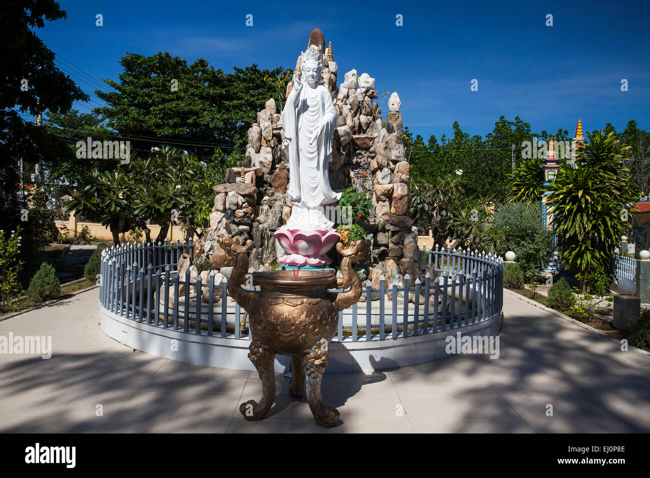 Buddha, figure, Dieu, An, Thap, Cham, Phan, Rang, Ninh, Rang, outside, pagoda, pagoda tower, place of interest, Stock Photo