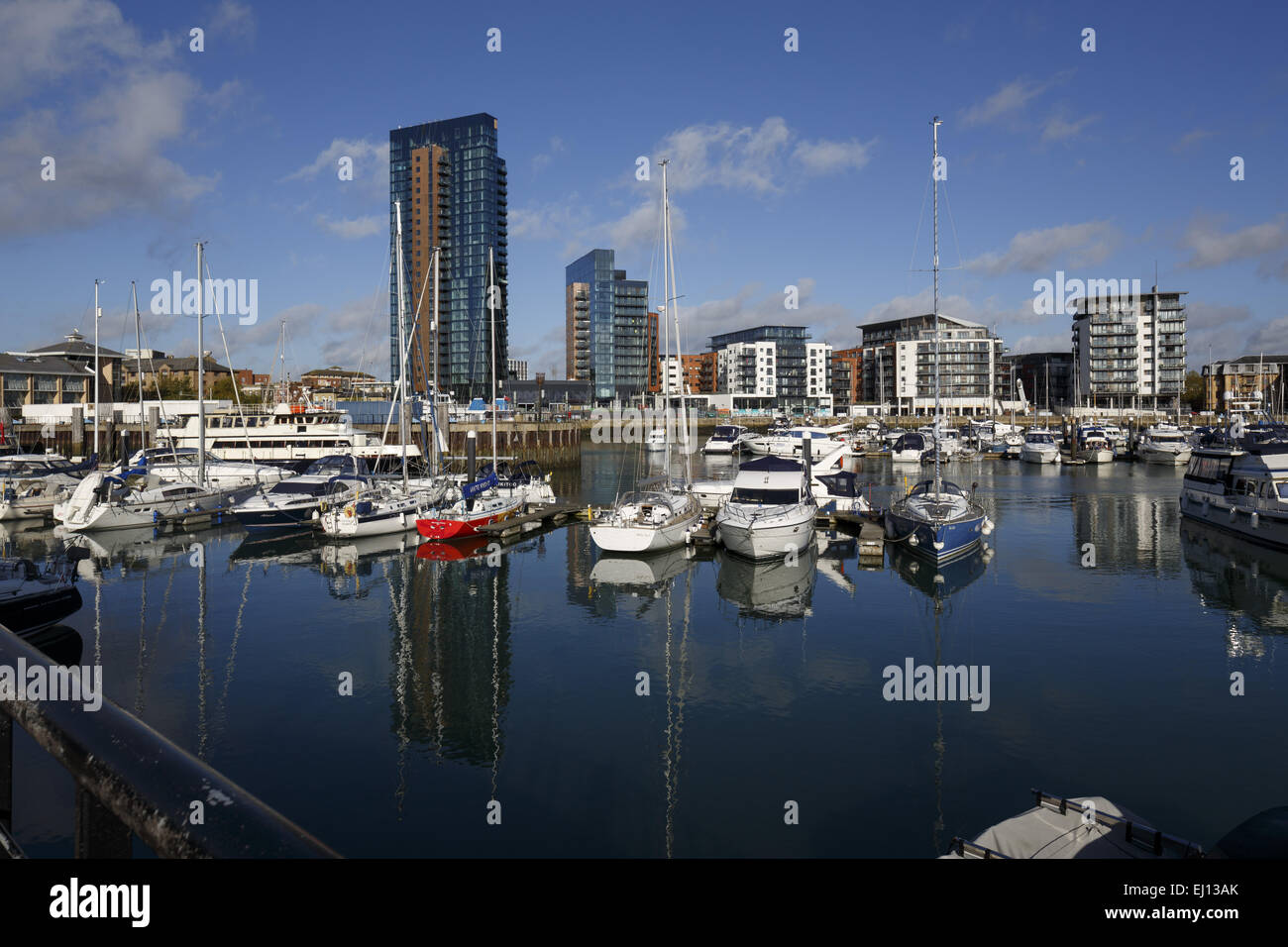 The 26 storey Moresby Tower dwarfing the other buildings at Admirals Quay, Ocean Village, Southampton England - Stock Image