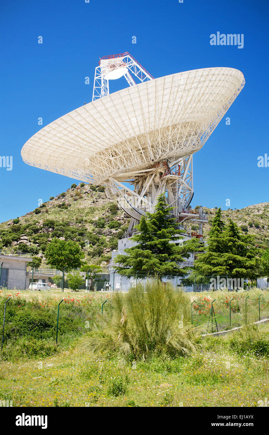 Giant Antenna in Nasa Deep Space complex in robledo de Chavela, Madrid, Spain. - Stock Image