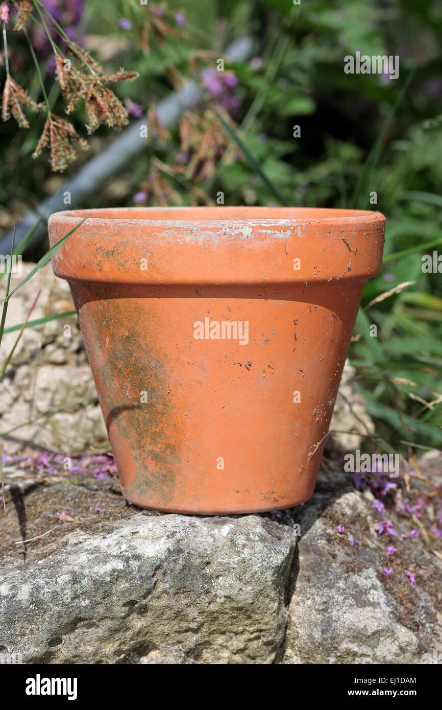 Empty clay terracotta plant pot - Stock Image