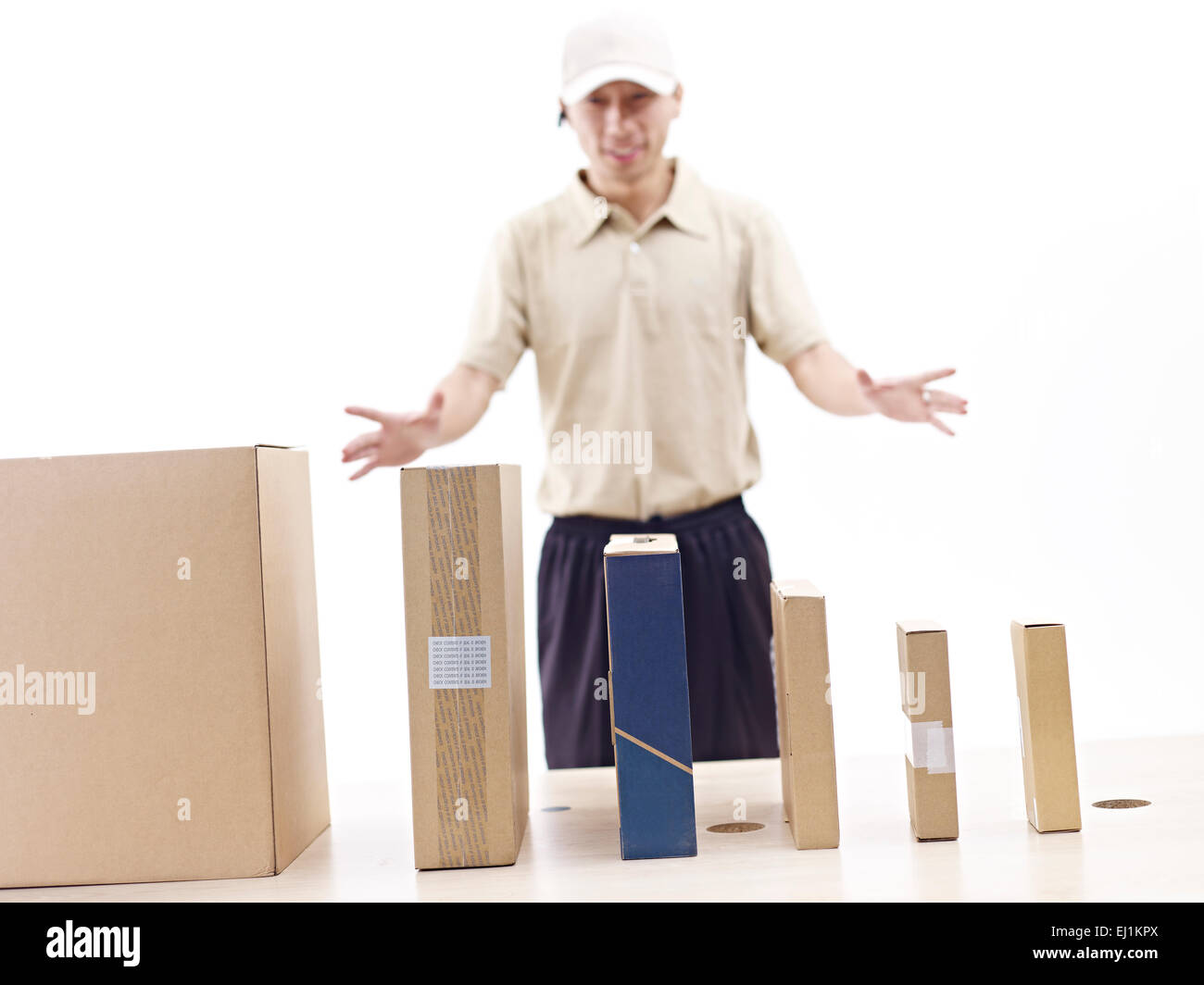 managing shipment - Stock Image