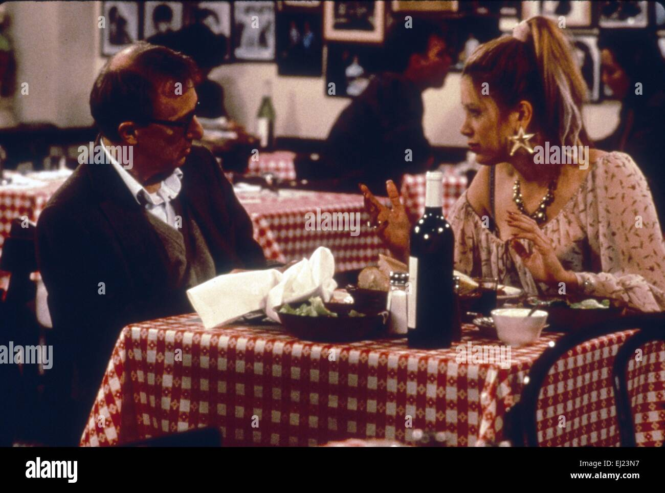 Mighty Aphrodite  Year : 1995  USA Director : Woody Allen Woody Allen, Mira Sorvino - Stock Image