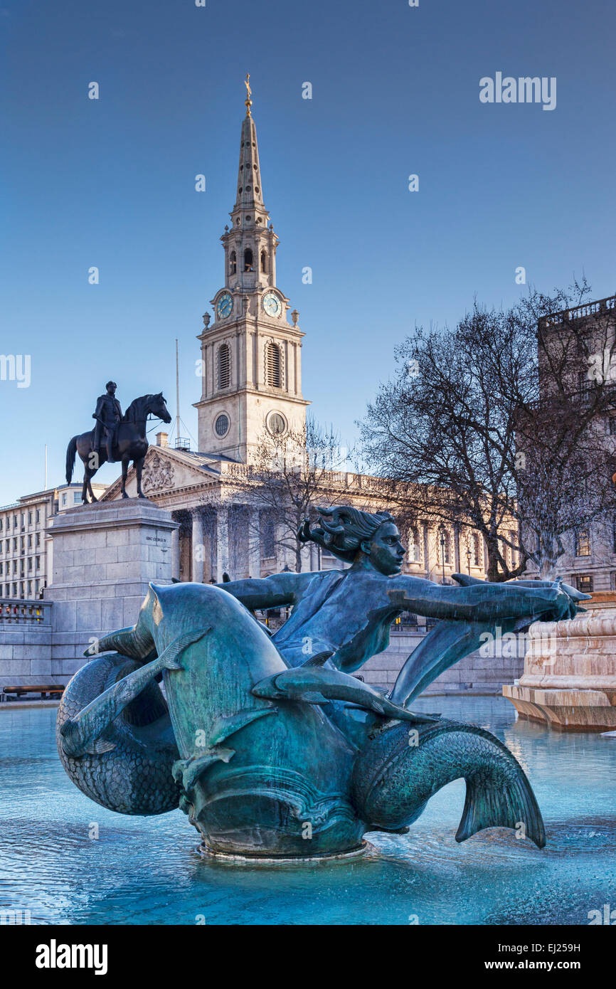 The Church of St Martin in the Fields, the statue of King George 1V, and the mermaid statue by Sir Charles Wheeler - Stock Image