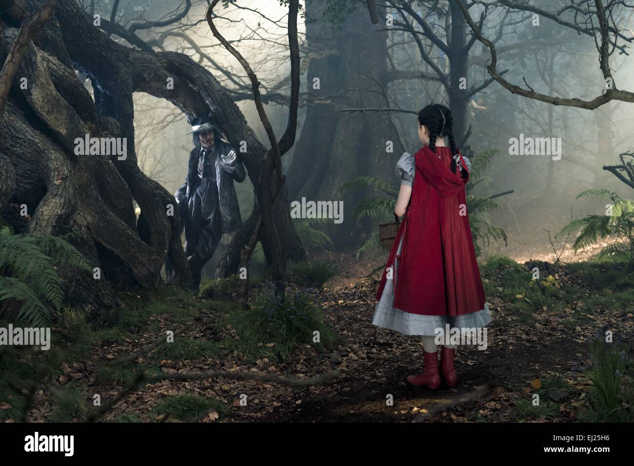 Into the Woods  Year : 2014 USA Director : Rob Marshall Johnny Depp, Lilla Crawford - Stock Image
