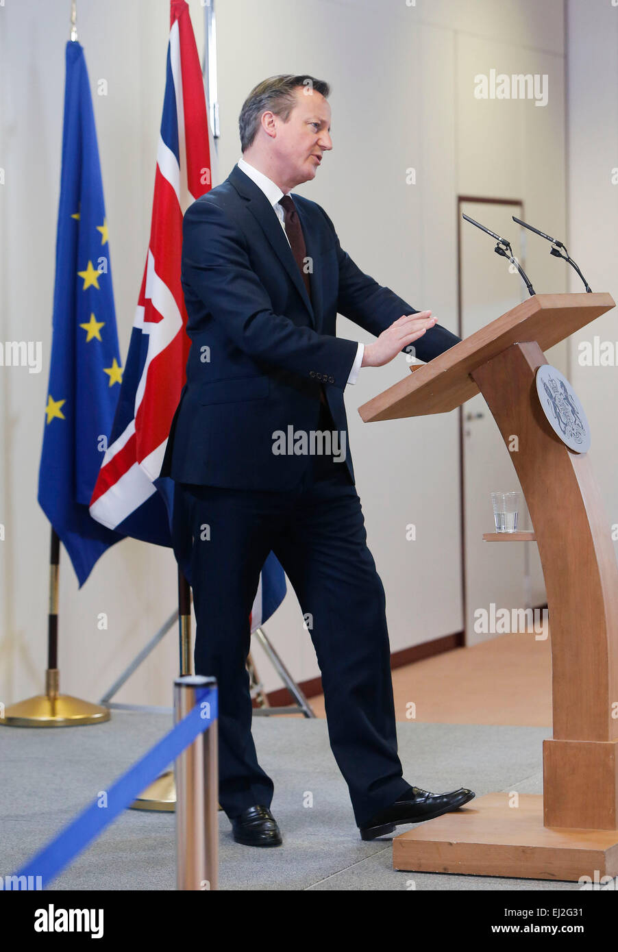 Brussels, Belgium. 20th Mar, 2015. British Prime Minister David Cameron speaks during a press conference after the - Stock Image