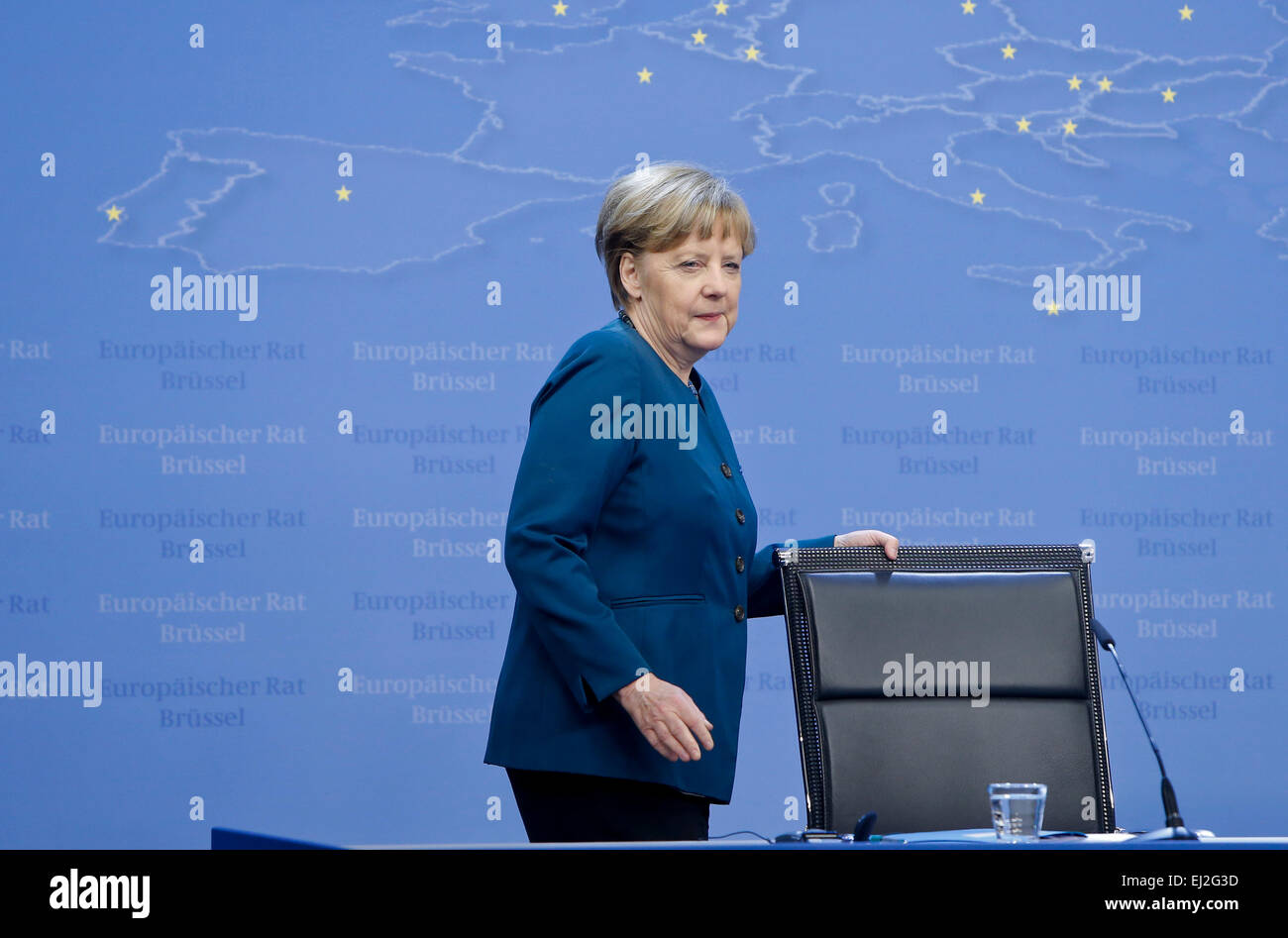 Brussels, Belgium. 20th Mar, 2015. German Chancellor Angela Merkel arrives to attend a press conference after the - Stock Image
