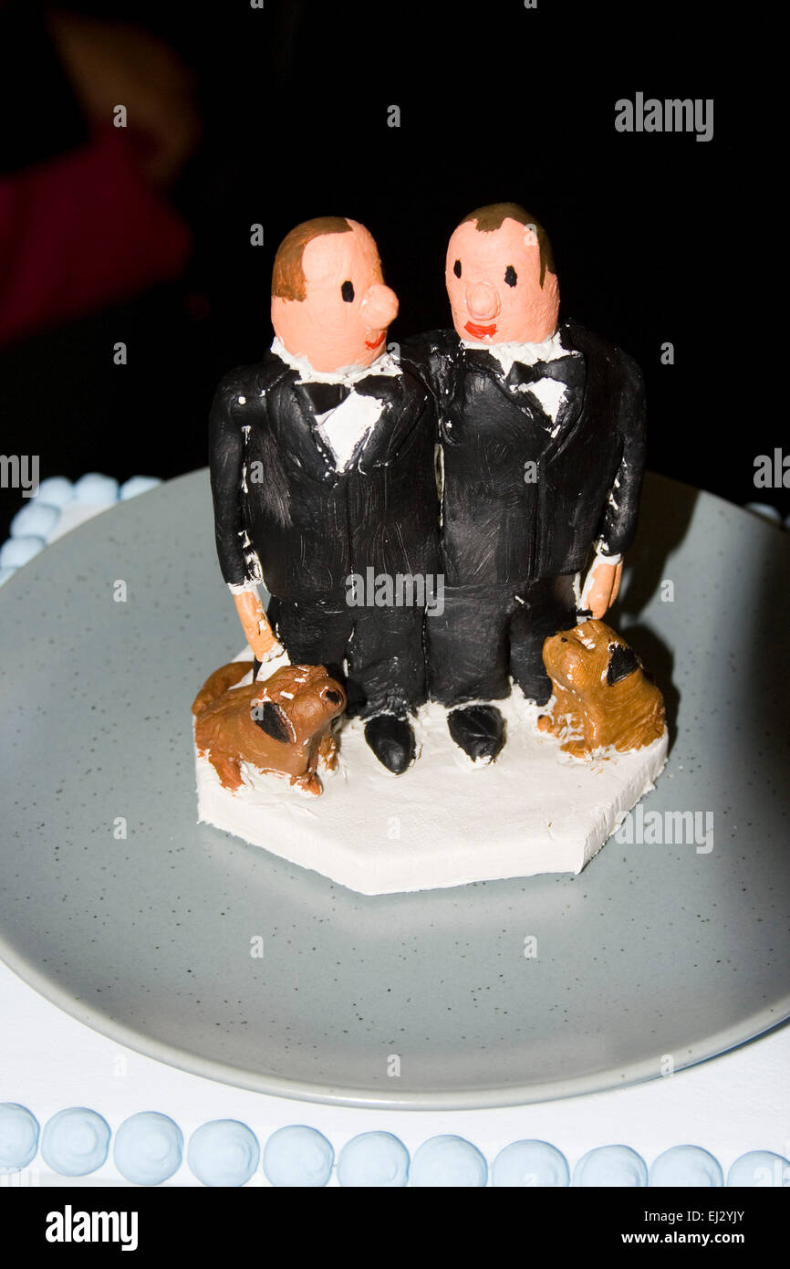 Gay Wedding Two Men On Wedding Cake Stock Photo 79970883 Alamy