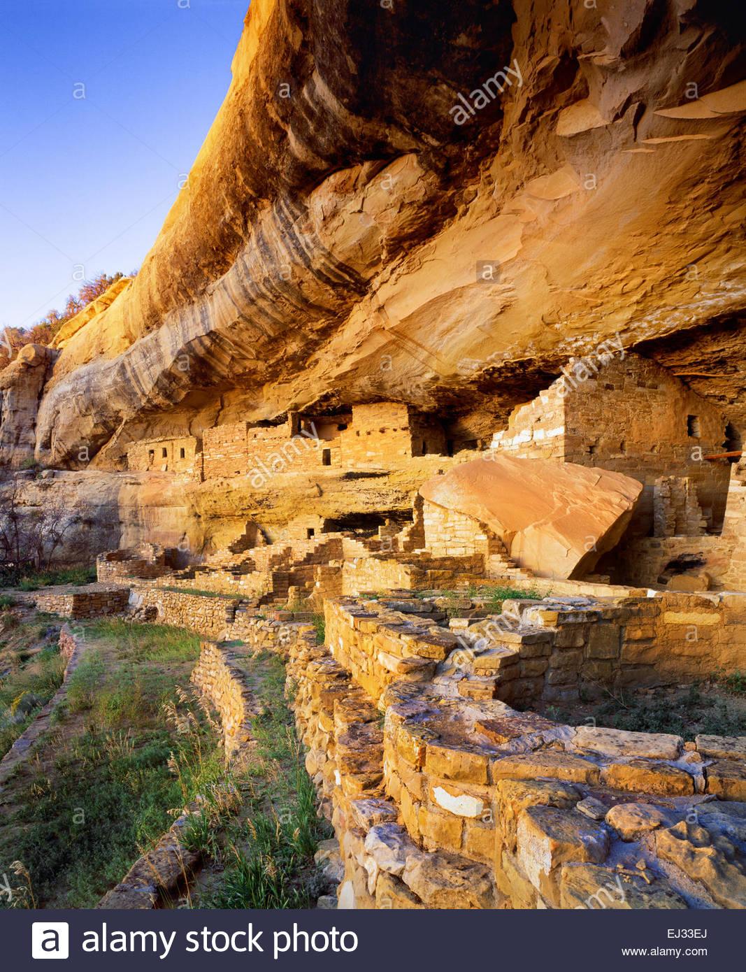 """Mug House"".  Anasazi cliff dwelling ruin on [Wetherill Mesa] [Mesa Verde National Park] Coloirado Stock Photo"