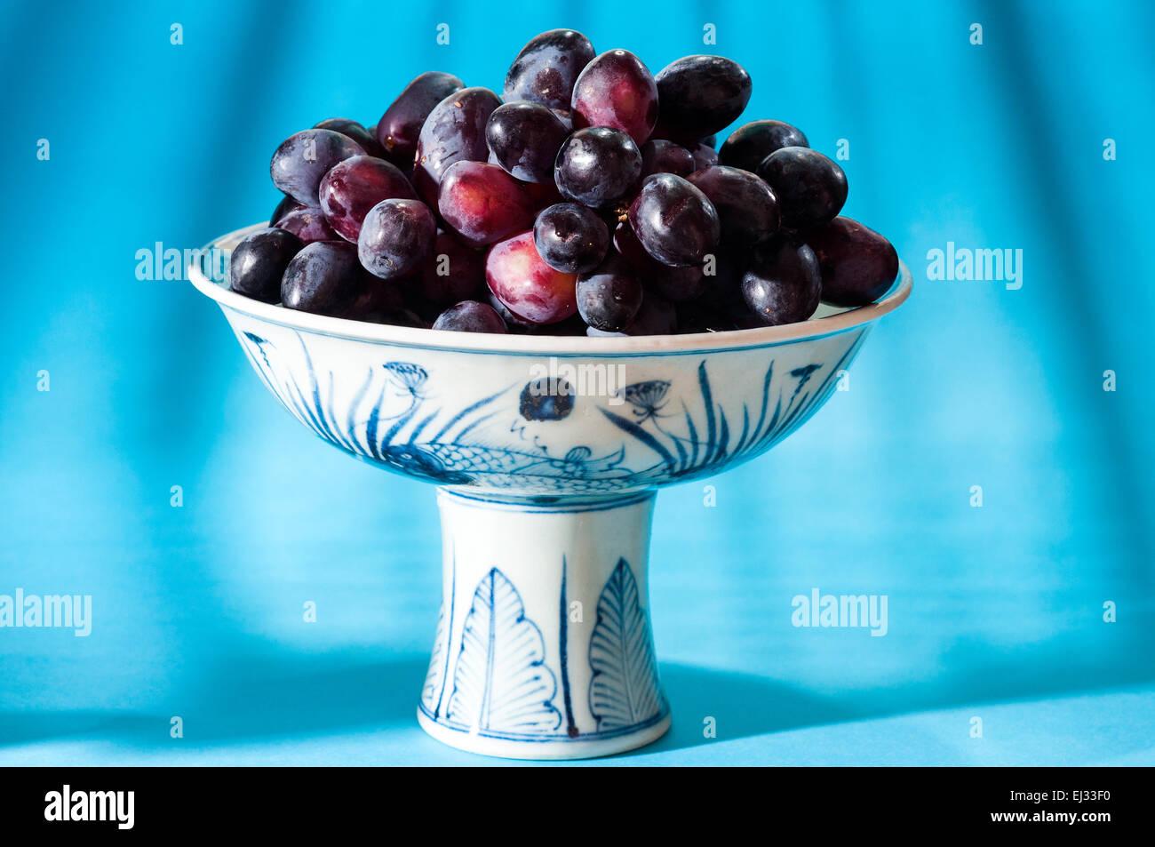 Ming Bowl Stock Photos & Ming Bowl Stock Images - Alamy