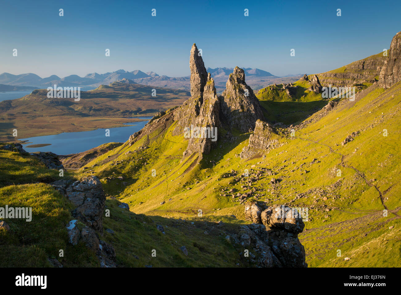 Dawn at the Old Man of Storr, Trotternish Peninsula, Isle of Skye, Scotland - Stock Image