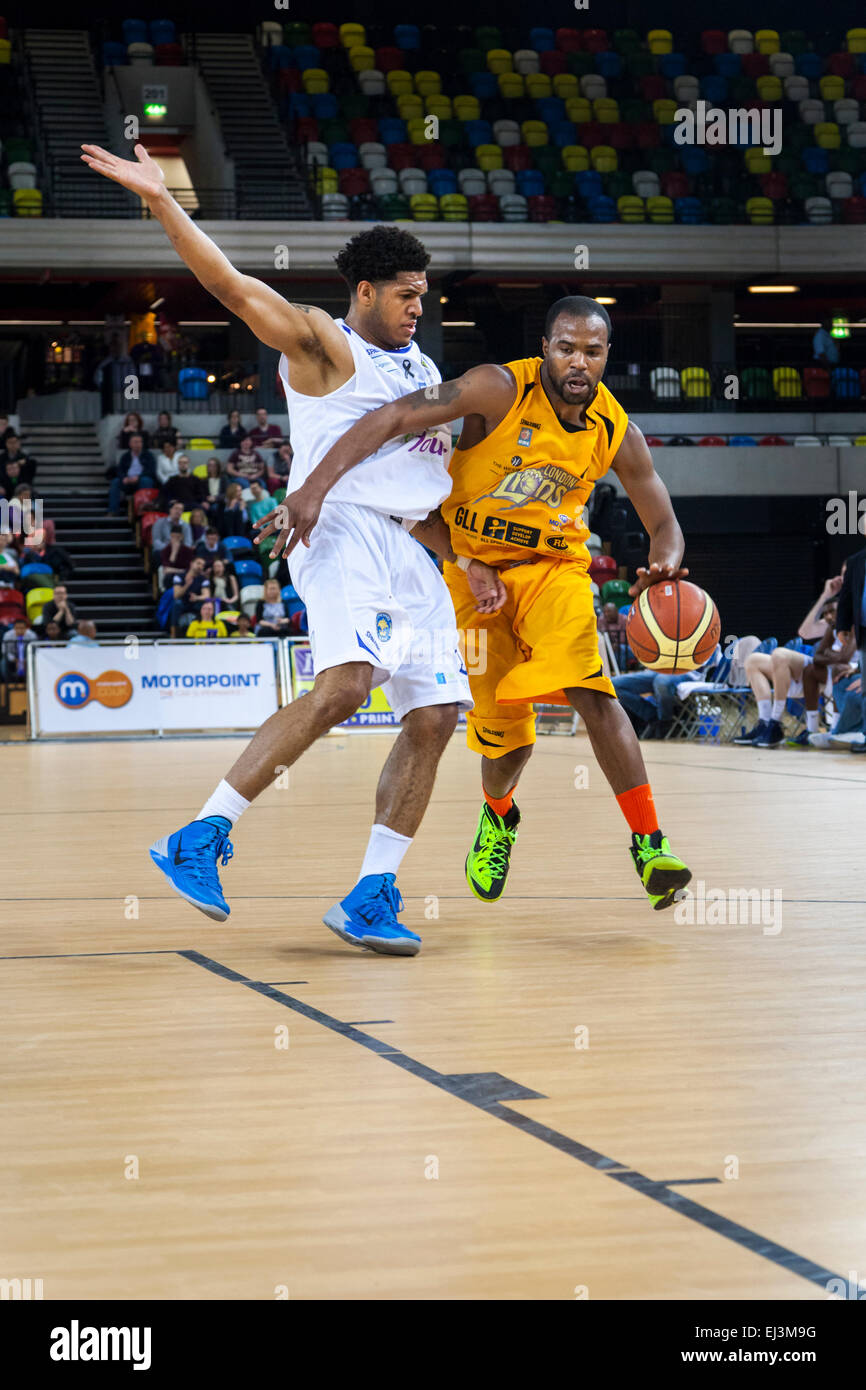 London, UK. 20th March 2015. London Lions player Zaire Taylor attacks during the BBL Championship game against Cheshire - Stock Image