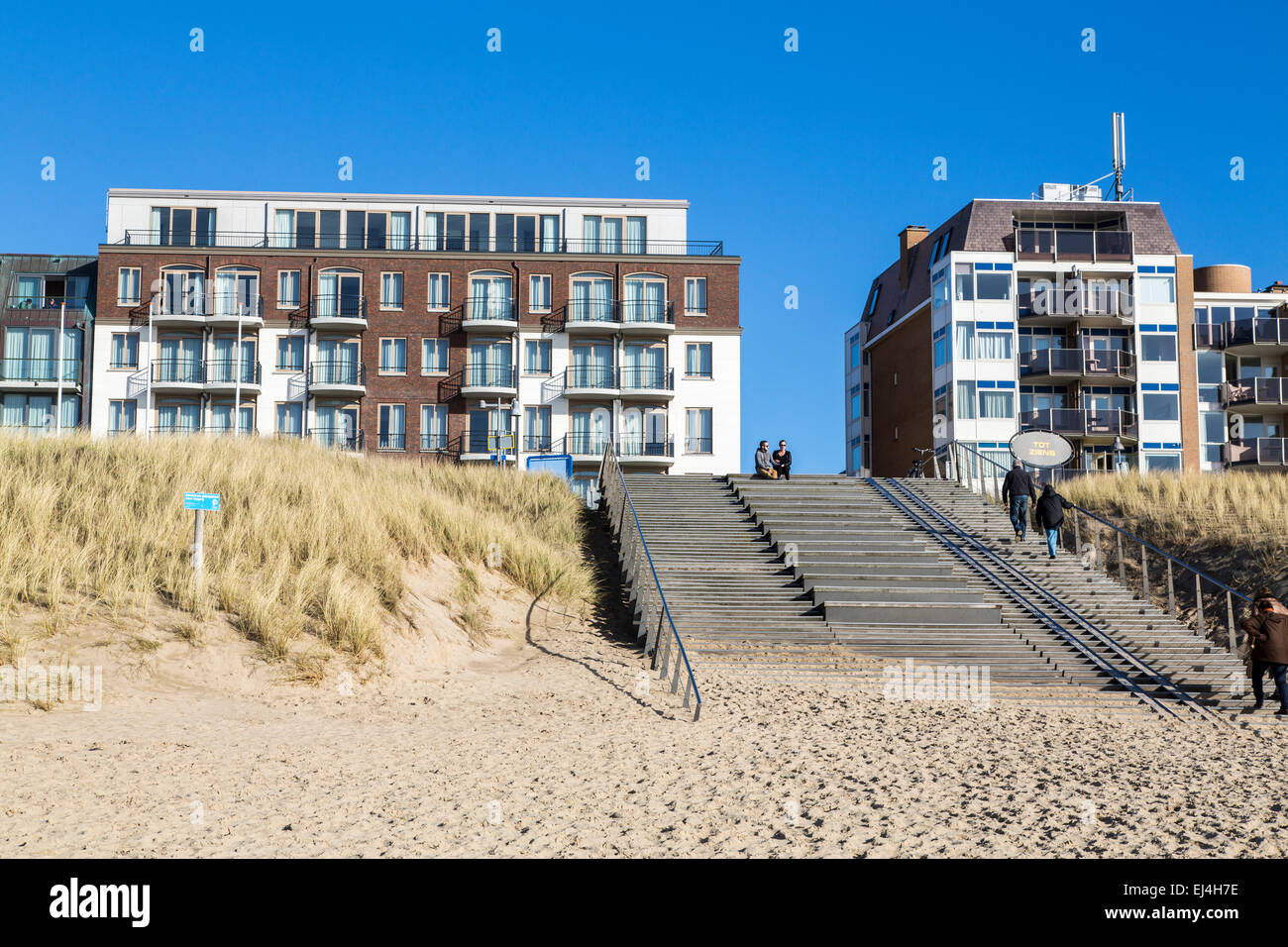 Hotel Golfzang Direct At The Beach In Egmond Aan Zee
