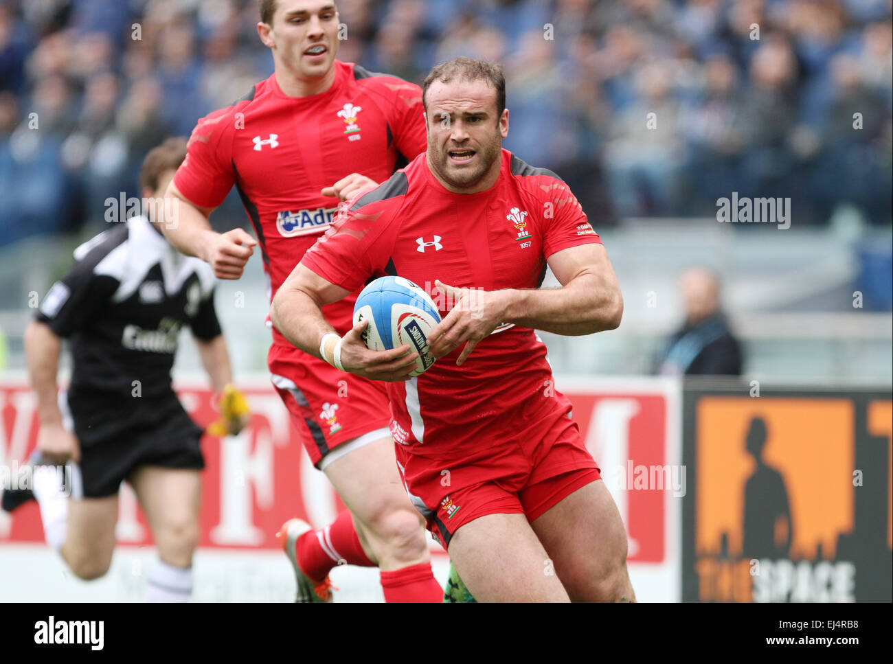 Rome, Italy. 21st March, 2015. Wales's player Jamie Roberts runs with the ball during the Six Nations international - Stock Image