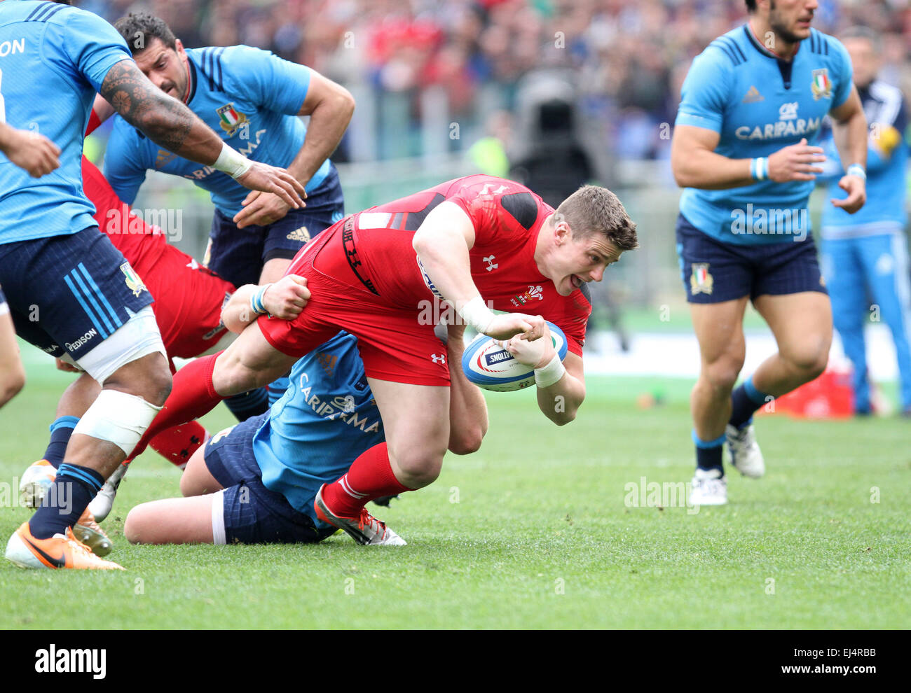Rome, Italy. 21st March, 2015. Wales's player Scott Williams fights for the ball during the Six Nations international - Stock Image