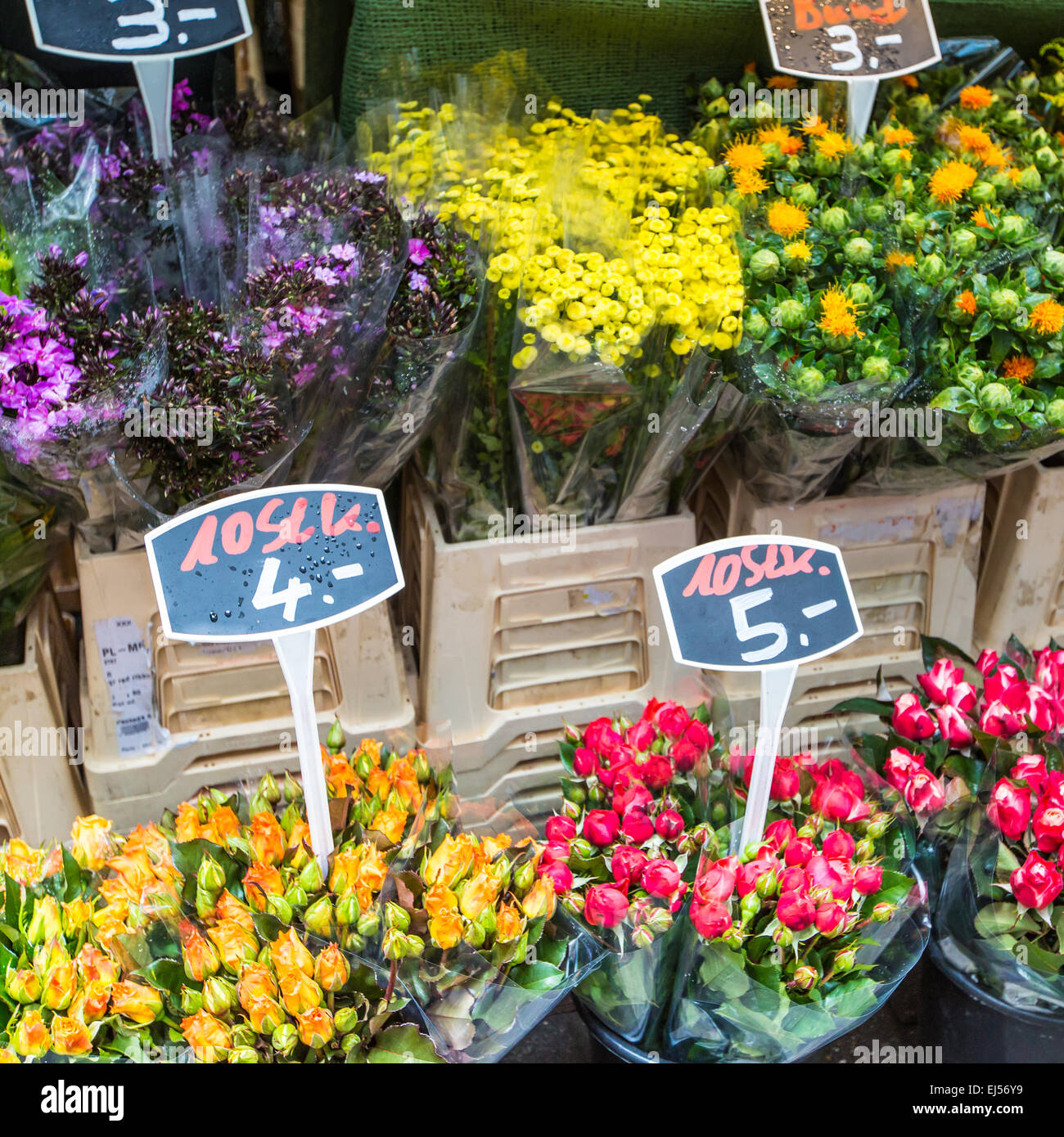 Autumn flower bouquets on farmer agricultural market, Germany Stock ...