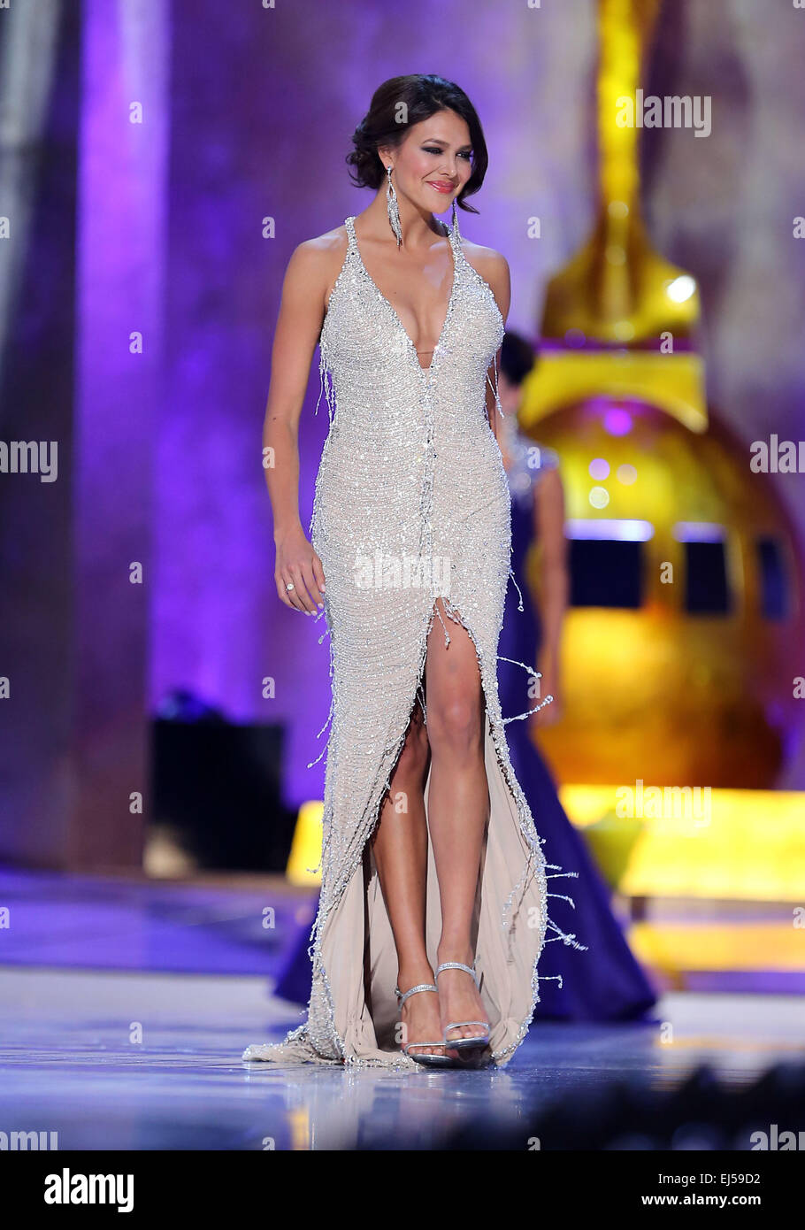 Miss New York Kira Kazantsev is named crowned Miss America at the 2015 Miss America Competition at Boardwalk Hall - Stock Image