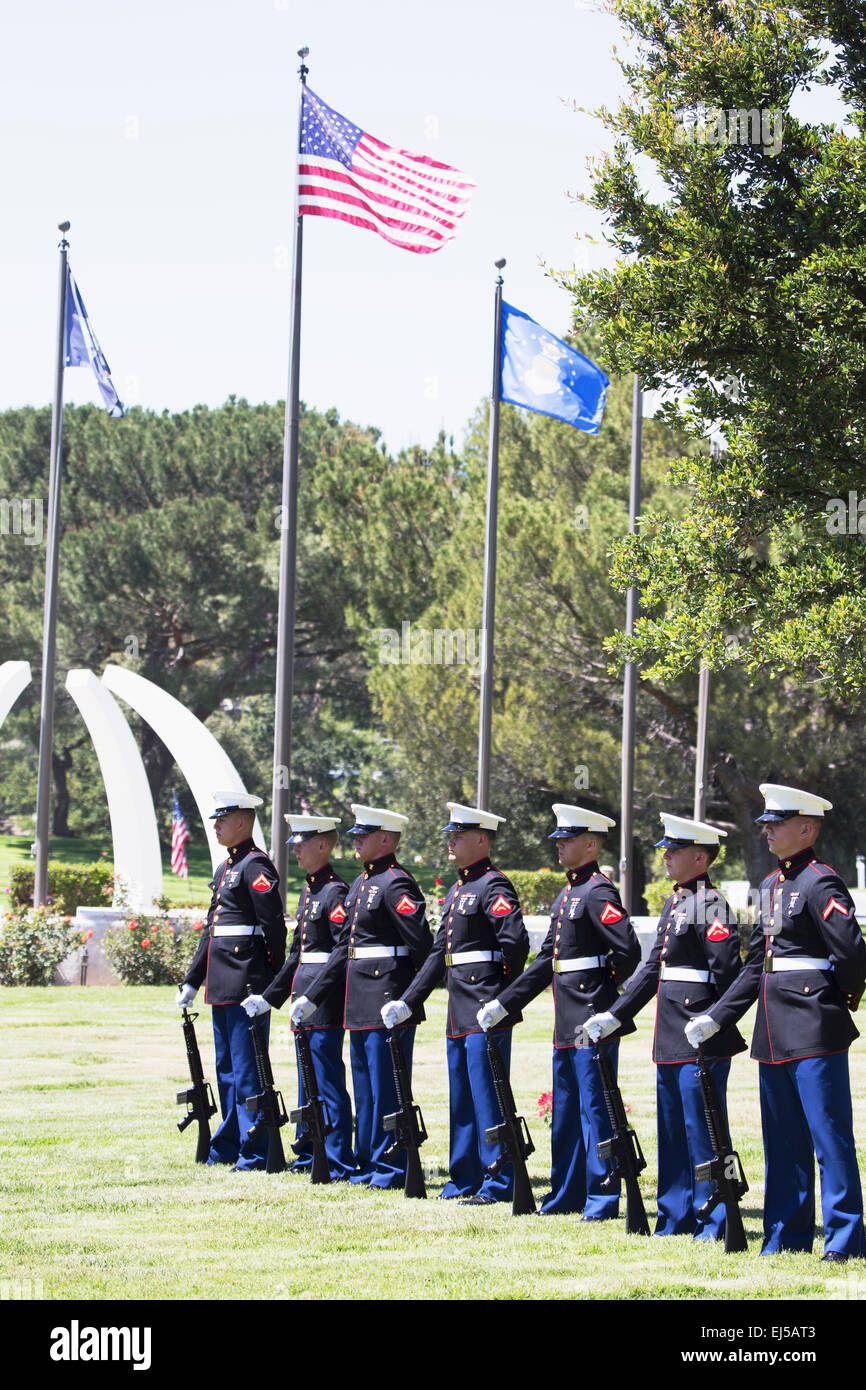 US Marines stand at attention at Memorial Service for fallen US Soldier, PFC Zach Suarez, 'Honor Mission' - Stock Image