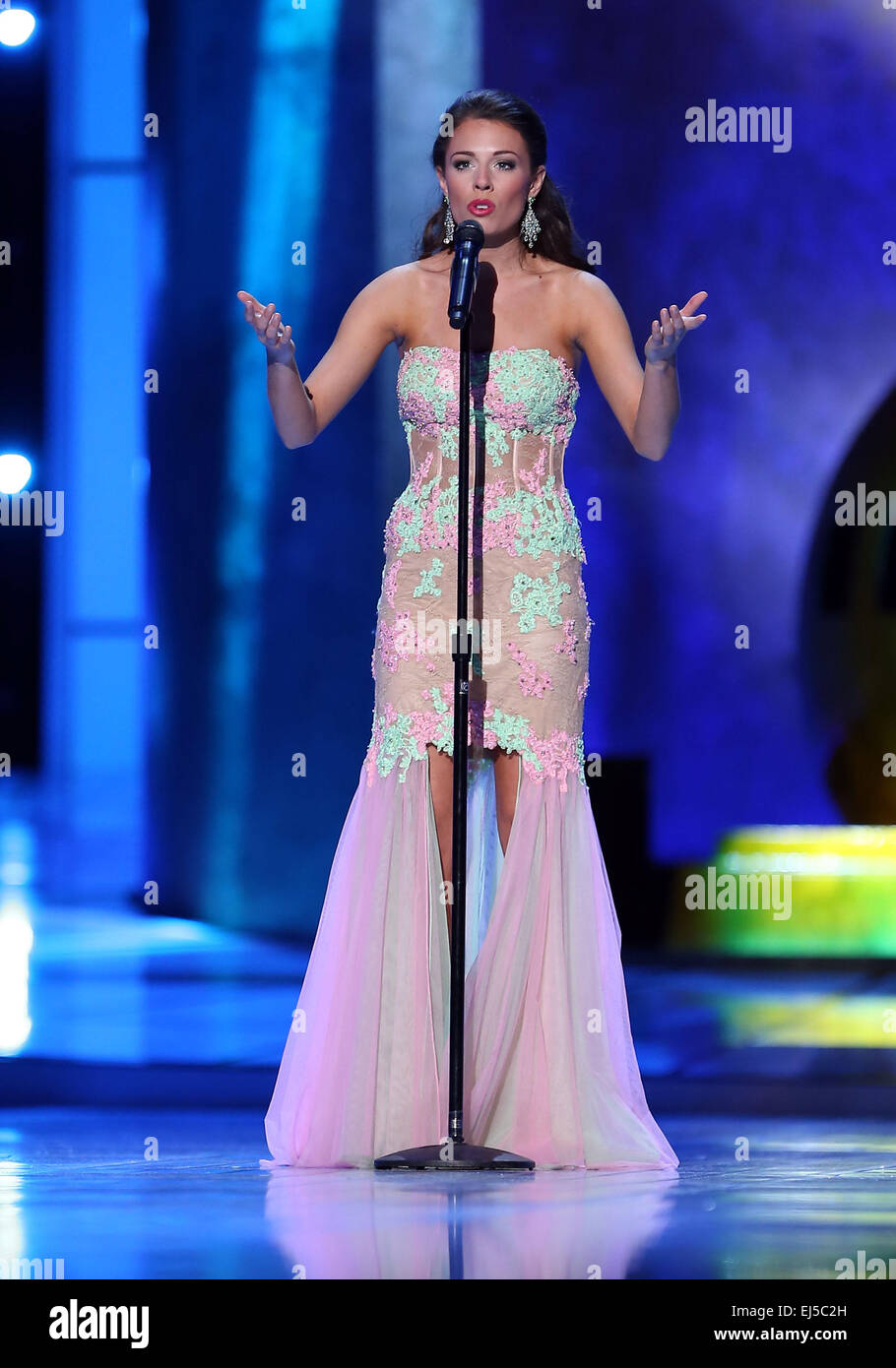 Miss Oregon Rebecca Anderson High Resolution Stock Photography and Images -  Alamy