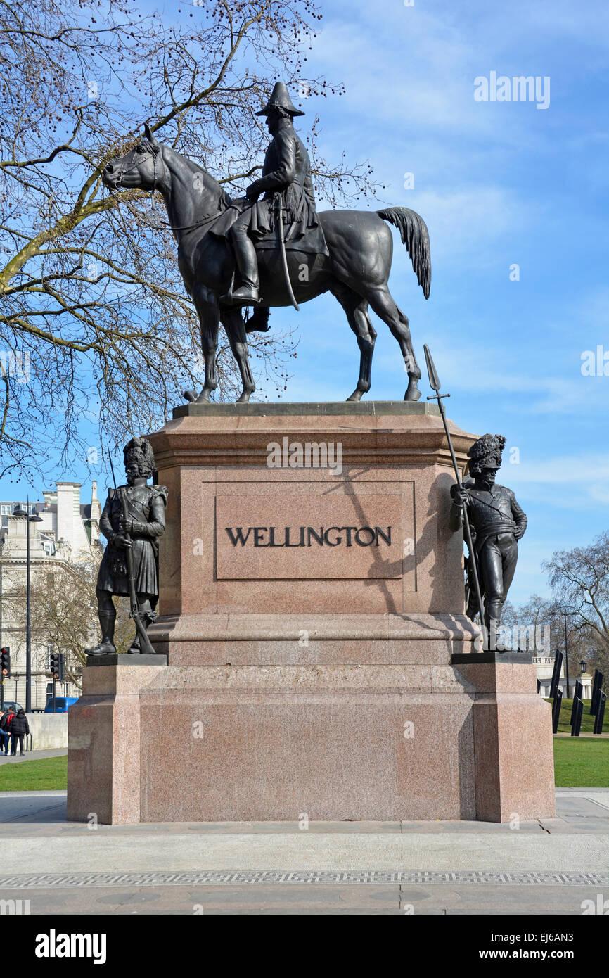 London Heritage scene & winter view of Duke of Wellington & horse statue at Hyde Park corner London England - Stock Image