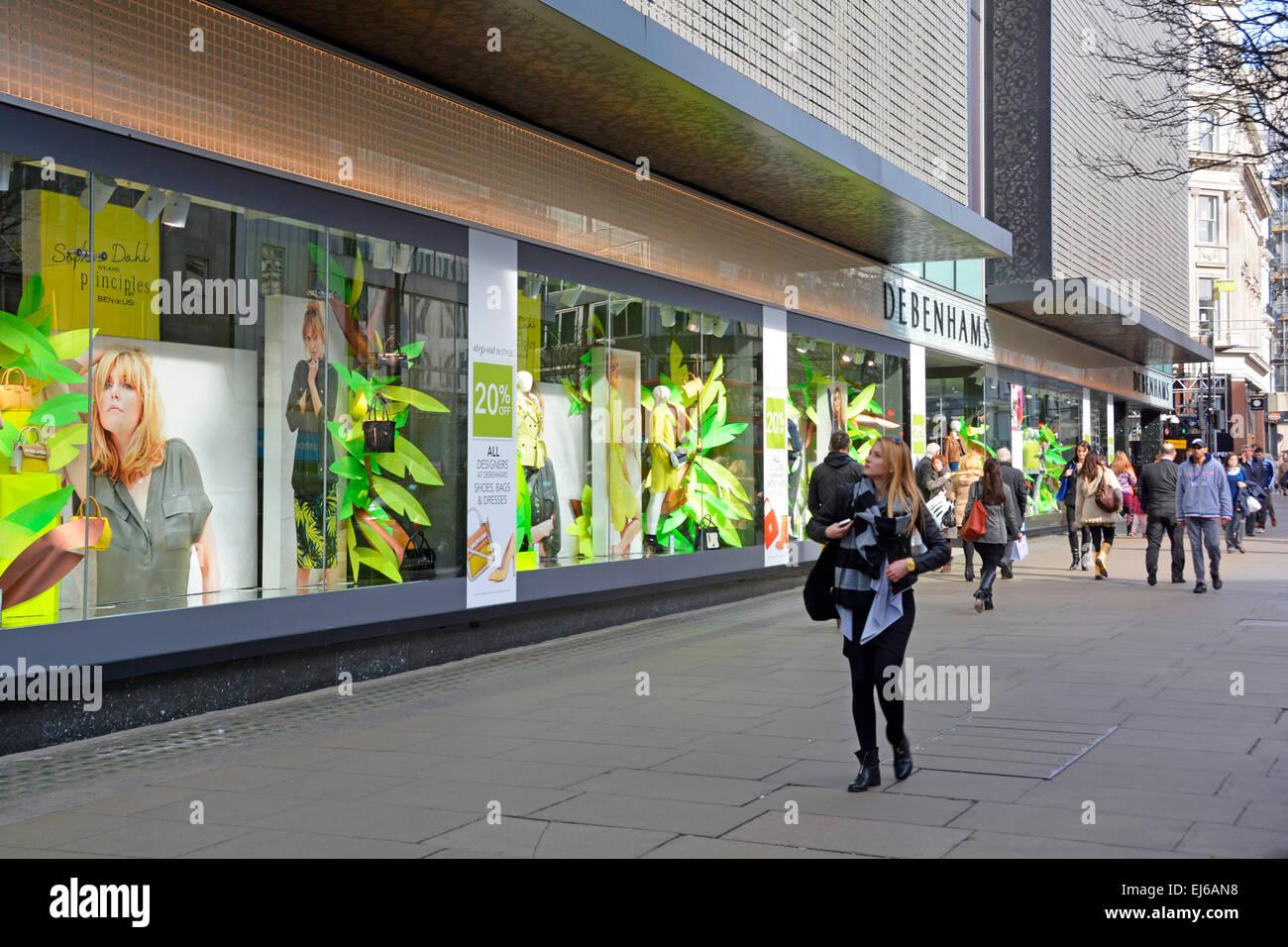 37845e1fd23aa Shoppers outside Debenhams department store in Oxford Street London ...