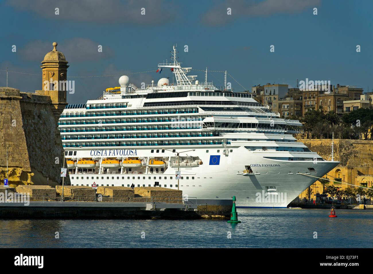 Cruise ship Costa Favolosa in the port of Valletta, Malta - Stock Image