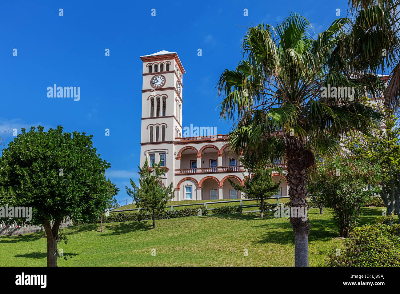 View of the Sessions House in Hamilton, Bermuda. - Stock Image