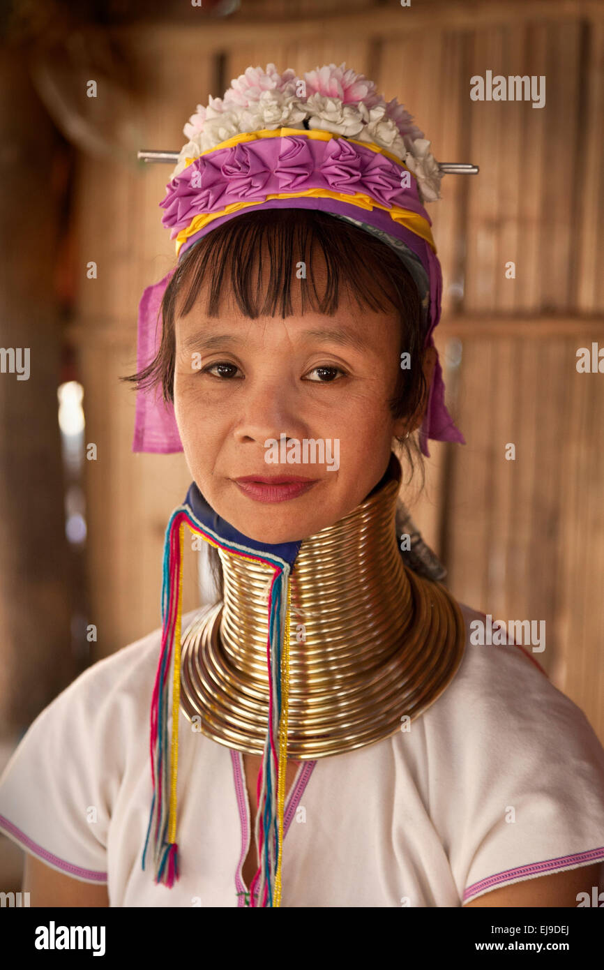 Woman from the Kayan Padaung hill tribe, Myanmar, Burma. wearing the traditional brass neck rings. Stock Photo