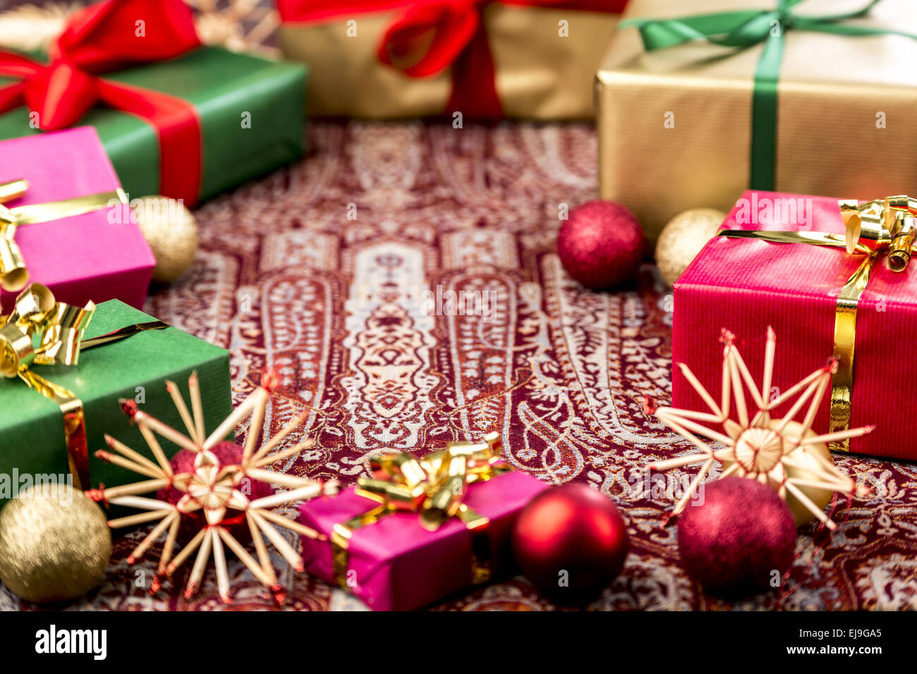 Circle of Xmas Gifts Around Central Void - Stock Image