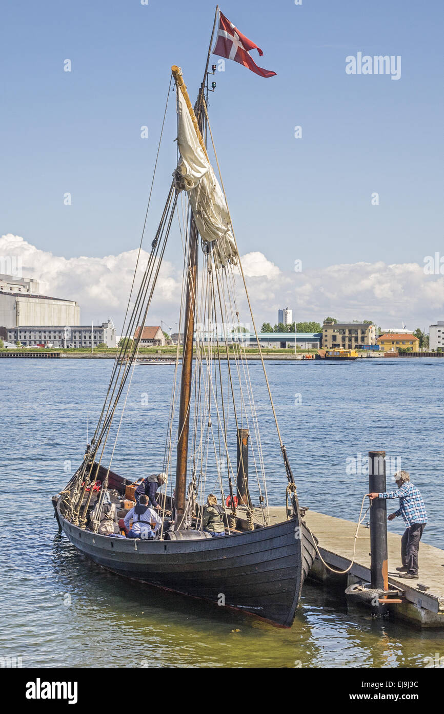 Casting Off Stock Photos Images Alamy Ships Tall Google Search Book Covers Diagrams Bloody Viking Boat Copenhagen Denmark Image